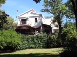5798 - Grandiosa villa Mascalucia-Tremestieri