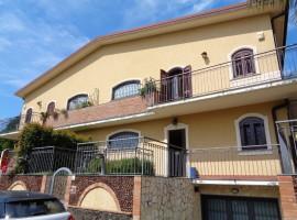 5976 - Trappeto, recente elegante villa 220 mq