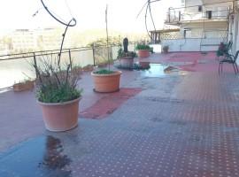 6005 - Via Androne-Piazza Roma, signorile attico termoascensorato