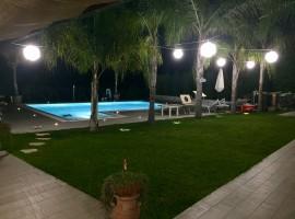 6299 - Eccellente villa ristrutturata, piscina, giardino