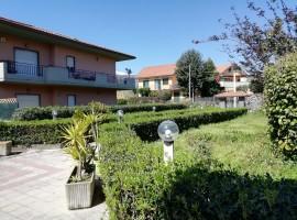 6789 - Fondachello (mare), impeccabile 3 vani, terrazzo