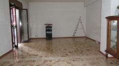 7012 - Carnazza-Novaluce, ampio conveniente 3 vani, garage