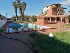 7252 - Mascalucia, eccellente appartavilla 7 vani,piscina