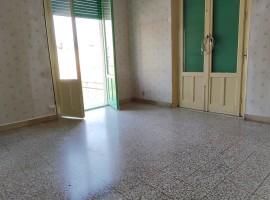 7450 - Zona Abruzzi, panoramico interessante 4 vani