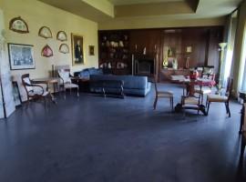 5001 - Villa Bellini, prestigioso immobile ideale per vari usi